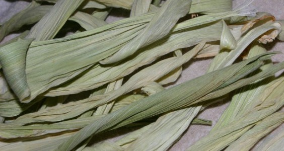 corn husk flowers4.jpg